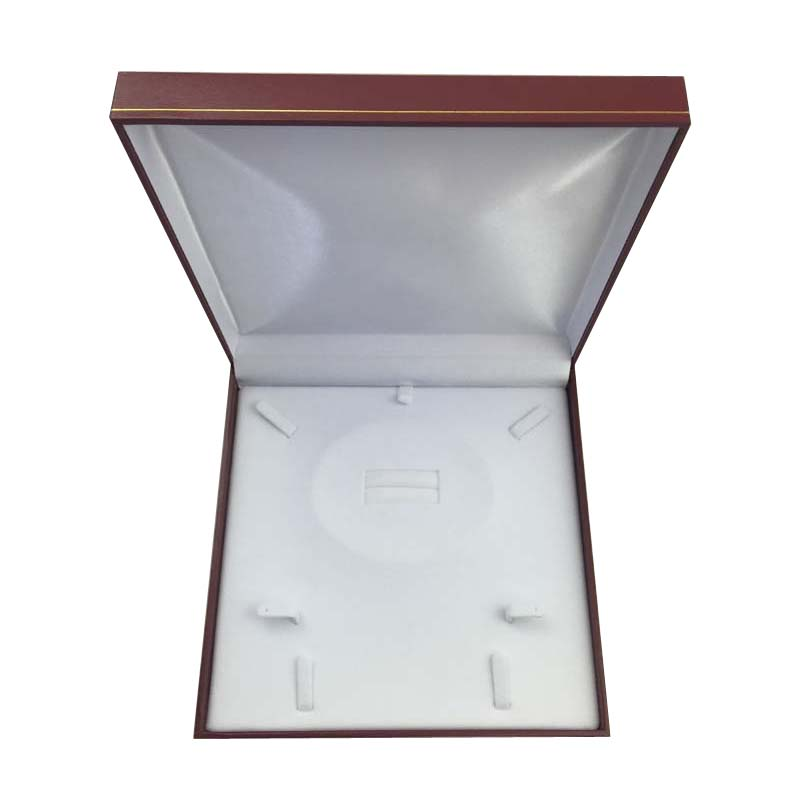 Large Premium Red Leatherette Multi Purpose Set Gift Box. Dim 190(w) x 190(d) x 40mm(h).