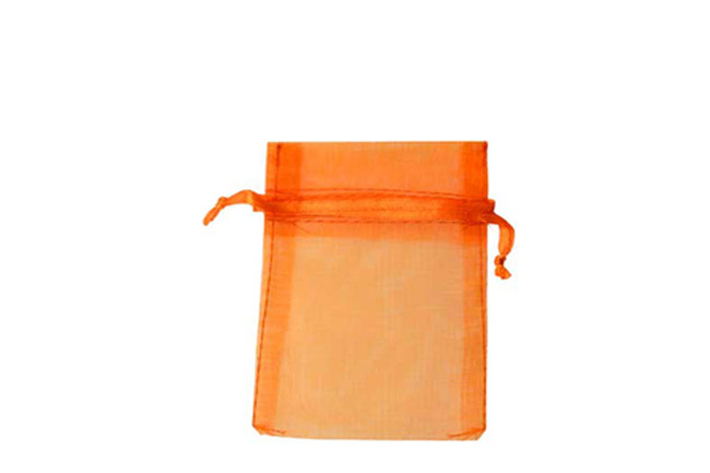 Plain Orange Organza Pouches. Price for Pack of 100. Dimensions 9cm(W) x 13cm(H).