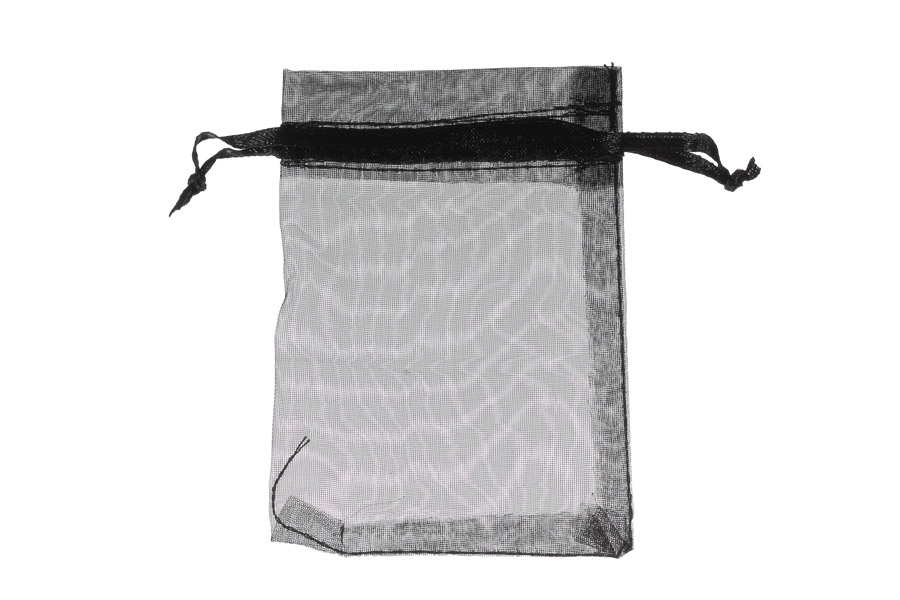 Plain Black Organza Pouches. Measurements 15cm(W) x 20cm(H). Pack of 100 bags.
