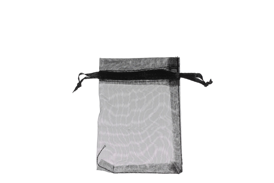 Plain Black Organza Bags. Price for pack of 100. Dimensions 7cm(W) x 9.5cm(H).
