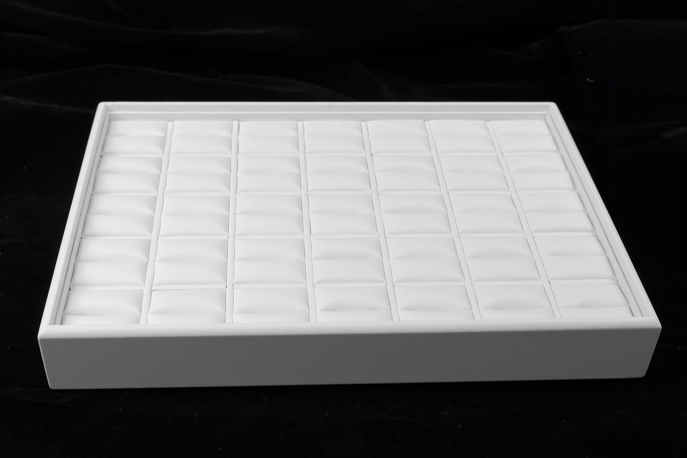 1 x White Premium Soft Padded Leatherette Ring Display Tray. Stackable. Dim 315(w) x 225(d) x 45mm(h).