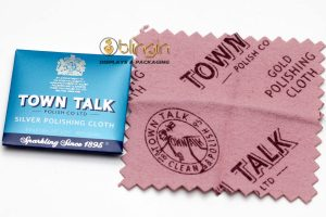 DINKY SIZE SILVER POLISHING CLOTH BY MR TOWN TALK- 6.5X6.5CM